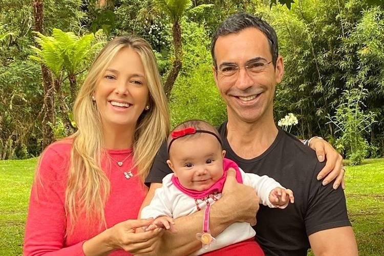 Ticiane Pinheiro celebra dois anos de casamento com Cesar Tralli